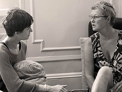 In session: Learning how to integrate early movement patterns within the psychotherapy session